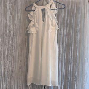 Dresses & Skirts - Stunning White dress